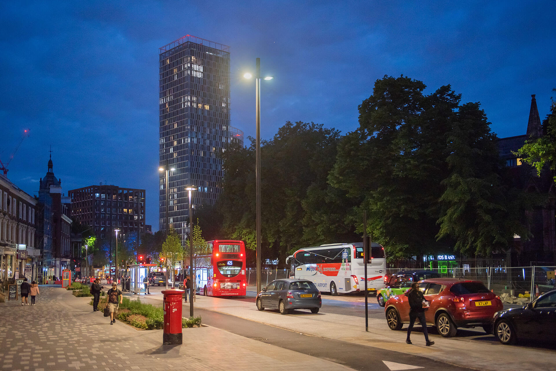 Yoa provides high-performing lighting network worthy of Stratford councils' investment